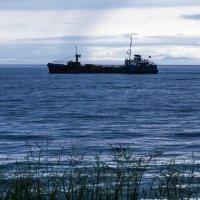 Корабли постоят и ложатся на курс :: Евгений Поварёнков