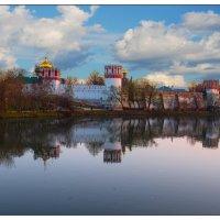 Москва. Новодевичий монастырь :: Рамиль Хамзин