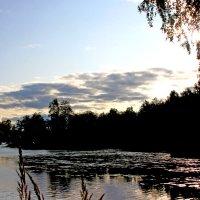 закат над рекой :: Наталья