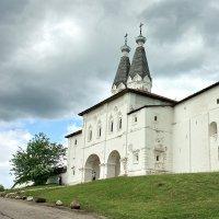 Ферапонтово.Надвратная церковь :: Валерий Талашов
