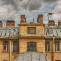 Дом на Кирочной 24 :: Владимир Горубин