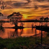 Видно закат,а хочется шашлыков... :: Андрей Куприянов