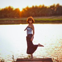 Закат на реке :: Алена Тараненко