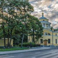 Утро на Приморском проспекте :: Владимир Горубин