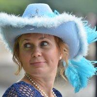 Дама в шляпе :: Владимир Сороколит