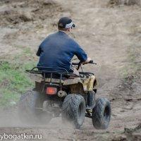 На квадроцикле... :: Alexey Bogatkin