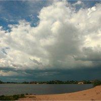 Кажется дождичик собирается! :: Nikita Volkov