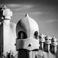 Демоны войны.Вентиляция на крыше Casa Mila(А.Гауди) :: Николай