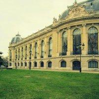 Grand Palais :: Zinaida Belaniuk