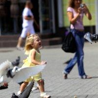 """Летите, голуби, летите"" :: Николай Хондогий"