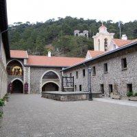 Кикский монастырь. :: Нелли *