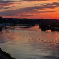 Плыла, качалась лодочка по Припяти реке... :: Ирина Приходько