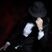 Человек в шляпе :: Асхаб Ябиев