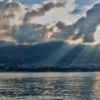 облачное утро :: Валерий Дворников