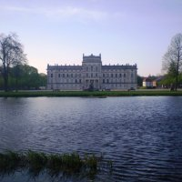 Загородный замок герцогов Шверинских :: Лариса Рогова