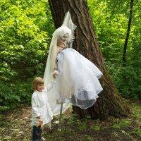 Иногда в лесу бывают приведения. :: Anton Lavrentiev