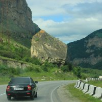 дорога в Приэльбрусье 3 :: Олег Петрушин
