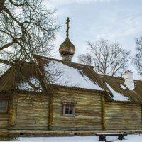 Старая Ладога,церковь Дмитрия Солунского :: Владимир Демчишин