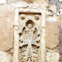 Угадайте, как называются такие кирпичи с крестами, и почему :: Alchemist Богданов