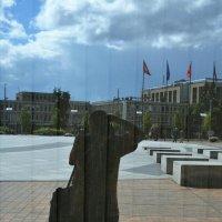 Фотограф в стекляном городе :: Kliwo
