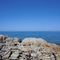 Камушки у моря :: Евгений Николаев