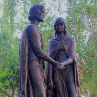 Памятник Петру и Февронии в Омске :: Savayr