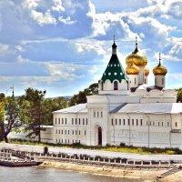 Ипатьевский Мужской монастырь в Костроме. :: Игорь Рудяк
