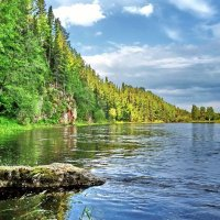 Быстра река у берега крутого :: Юрий Кузмицкас