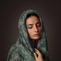 Мария в зелёном :: Лера Лукащук (Lera Luka)