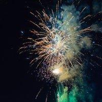 Праздничный салют на День Независимости Беларусии. 04. :: Анатолий Клепешнёв