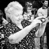 """На память... (из серии """"Фотографии о фотографах"""") :: Наталья Костенко"""