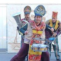 Северодвинск. ХХ Международный фестиваль уличных театров :: Владимир Шибинский