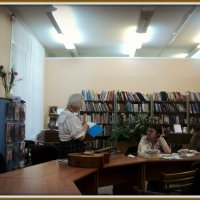 Музыкальный отдел в библиотеке имени Есенина в Подмосковном городе Люберцы. :: Ольга Кривых