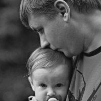 Папа с дочей :: Katerina Lesina