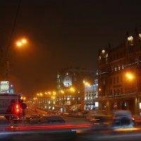 Уличное движение :: Igor Khmelev