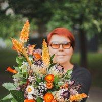 Юлианна - флорист от бога :: Алена Шпинатова