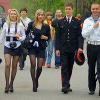 Счастливая молодежь :: Igor Khmelev