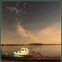 Утро на реке Кубене :: Валерий Талашов