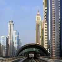 Метро. Дубаи :: Мила C