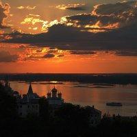 Вид на закат... :: Игорь Суханов