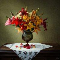 Разноцветное великолепие лилий :: Ирина Приходько