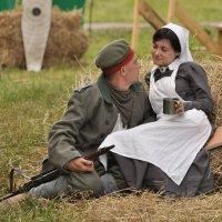 Войну любую побеждает Любовь, которая всерьёз... :: Ирина Данилова