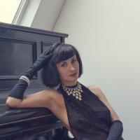 Портрет у рояля :: Алексей Соминский
