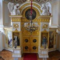 В Павловском дворце :: Константин Жирнов