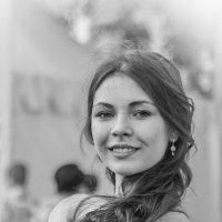 Оглянулась ! :: Константин Фролов