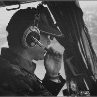 Командир вертолета МИ-8 Александр Ивановский. :: Олег Чернов