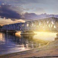 Железнодорожный мост :: Александр Мартовецкий