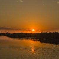 На реке на Дейме вечер наступает :: Виталий Латышонок