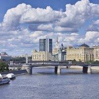 Вид с моста Богдана Хмельницкого :: Андрей Спиридонов