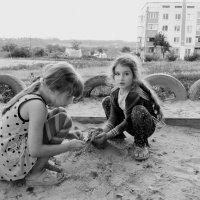 Лиза и Вероника :: Юлия Закопайло